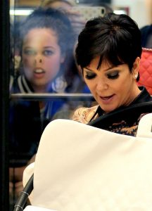 Image of Kris Jenner Photobomb