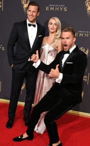 image of Derek Hough Photobombs Sister Julianne Hough at the Emmy