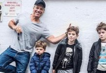 image of Musician Jon Bon Jovi photobombs LI mom's company photo shoot