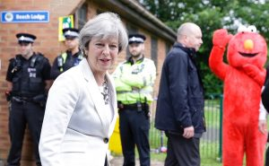 image of Prime Minister and Elmo